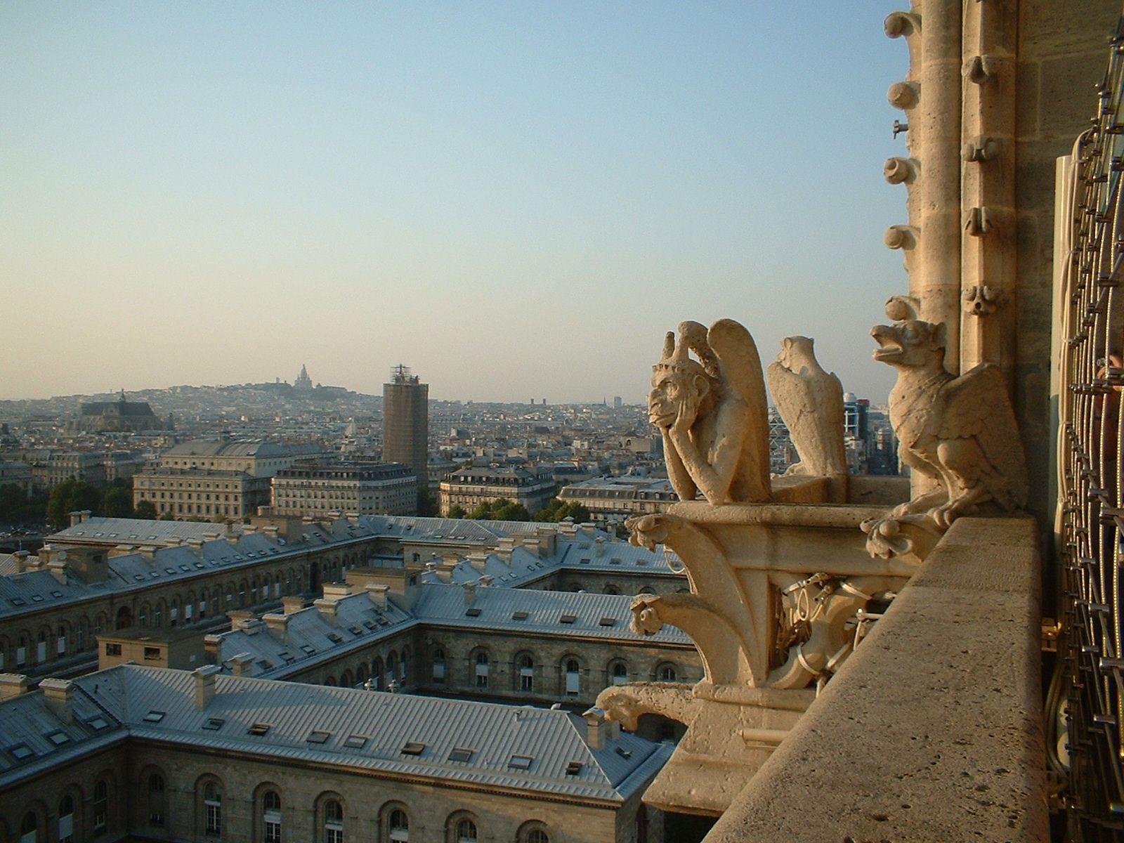 Las gargolas de Notredame de Paris
