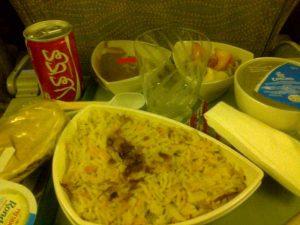 La comida en el vuelo de Emirates es excelente!!