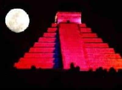 Luces y piramides