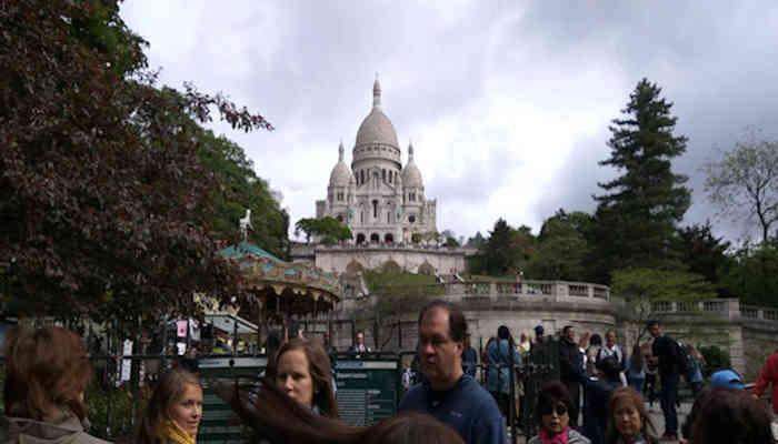Basilica de Sacre Coeur de Montmartre: un llamado permanente al cielo